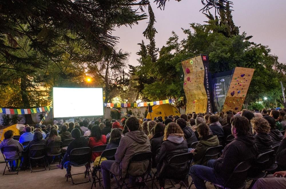 Con muros de escalada, desgustaciones y juegos outdoor, el festival de cine se realizó en un ambiente familiar