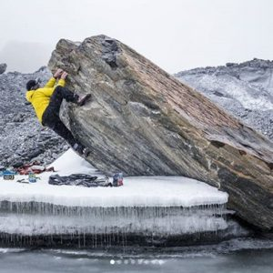 boulderiando en campamento base
