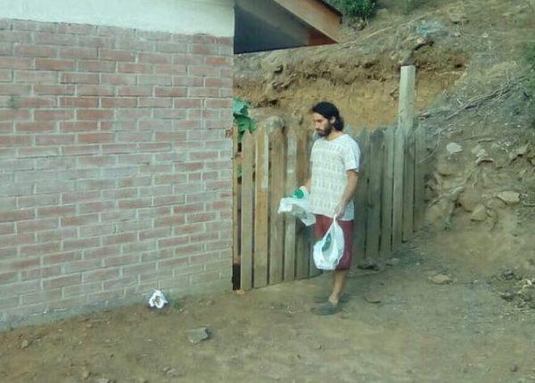 papeles caca muralla cuidadores lucho